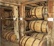 kentucky_bourbon-barrels